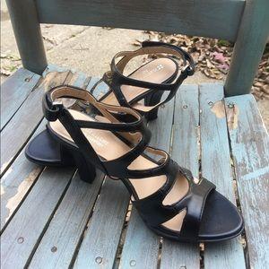 Naturalizer Black Strappy Dress Heels Sandals 6.5M